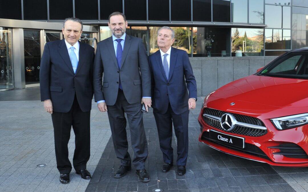 El Mercedes-Benz Clase A recibe el premio 'Coche del Año de los Lectores 2019' de Prensa Ibérica y La Vanguardia